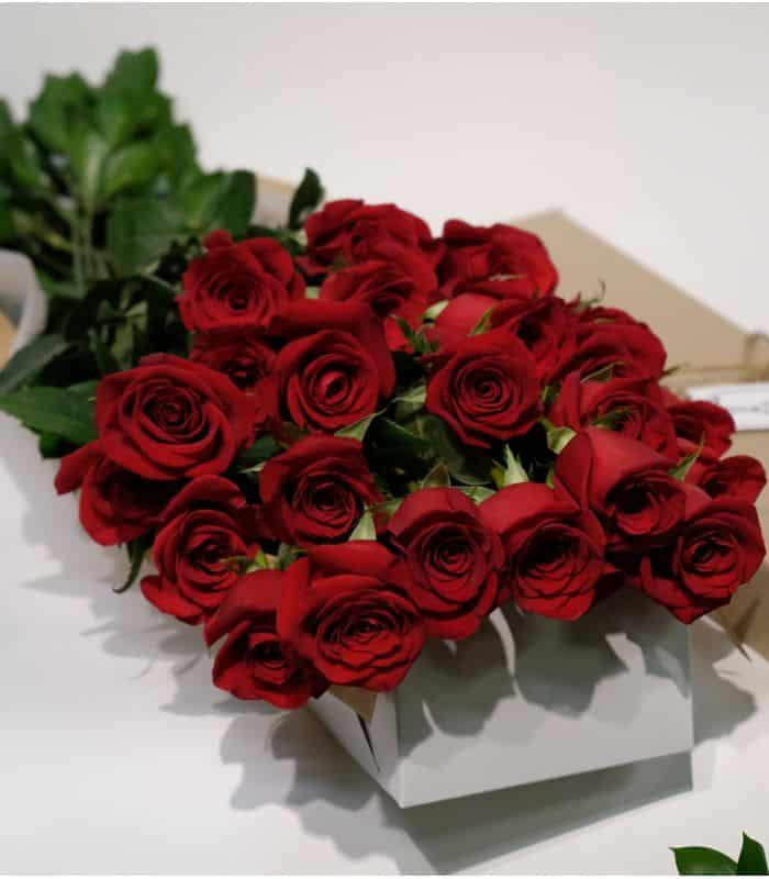 Red Roses Flat BOUQUET