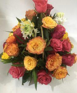 59D47FF4 B038 41D5 8C7A 2288DFD573F1 20200611 175511527 247x296 - Mixed Roses Basket