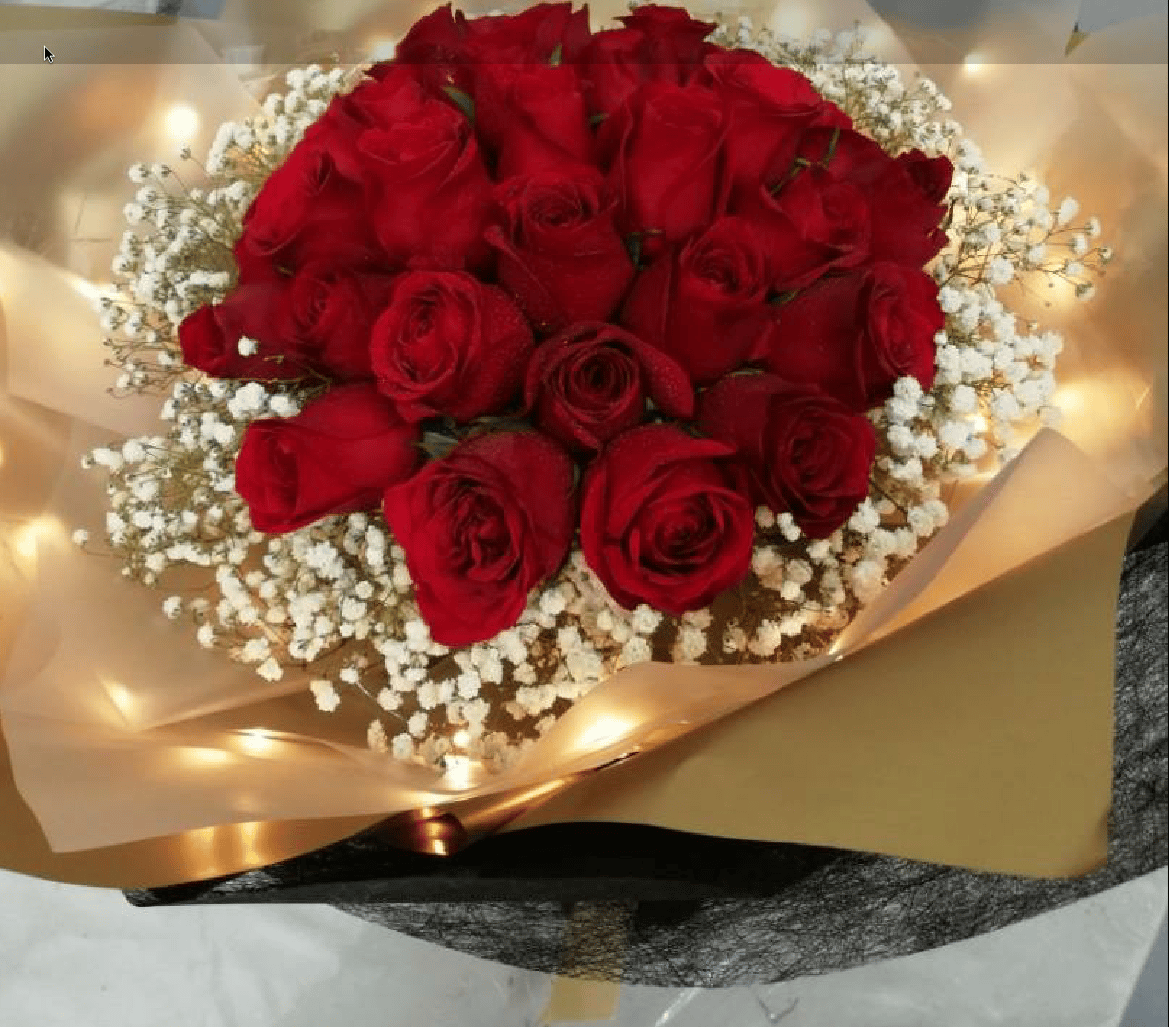 Led light bouquet with red roses